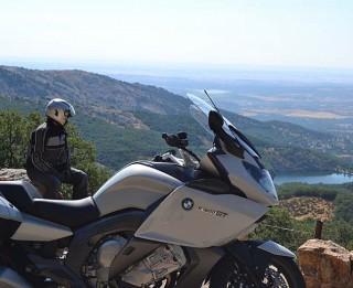 Bridgestone jaunās Exedra Max motociklu riepas – maksimāls komforts tāliem braucieniem