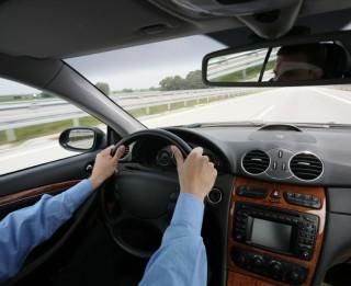 Gribi autovadītāja apliecību, neļauj autoskolai sevi apmuļķot