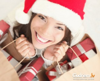 5 noteikumi veiksmīgiem svētku pirkumiem vai kā nesajukt prātā, meklējot dāvanas