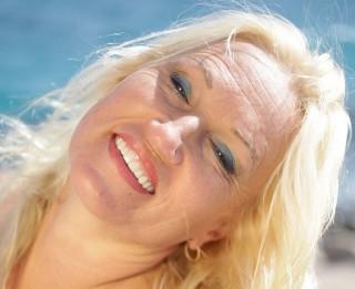 Video: Kā būt laimīgai, veiksmīgai, ar dzīvi apmierinātai sievietei