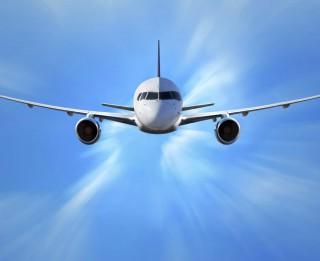 8 ieteikumi, kā veiksmīgi izvēlēties lētās avio biļetes un pēdējā brīža ceļojumus sociālajos tīklos