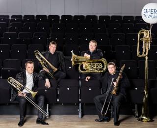 Metāla pūšaminstrumentu virtuozi tiekas ansambļa SHOWBRASS debijas koncertā Latvijas Nacionālajā operā