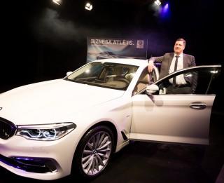 BMW 5.sērijas jaunākā, septītā paaudze – tehnoloģiski inovatīvākais auto biznesa sedanu klasē