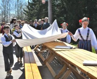 Baltā galdauta svētki gaidāmi visā Latvijā; aktīvākie Sēlijā un Rīgā