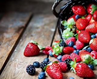 Farmaceite iesaka: kādus produktus lietot uzturā pēc 50 veselības uzlabošanai
