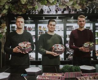 Video: Kā Latvijas vīrieši izvēlas dāvanas?