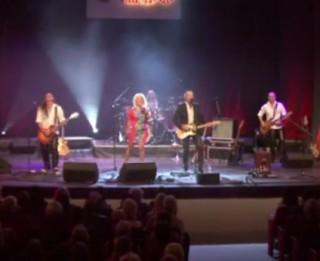 Video: Epadomiem – 10! Šomase uguņo Credo jubilejas koncertā