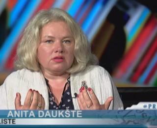 """Video: """"Paēdušais izsalkušo nesaprot."""" Anita Daukšte par VID darbību krīzes laikā"""