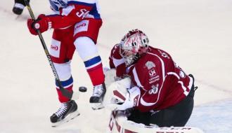 Video: KHL nedēļas labākajos atvairījumos arī rīdzinieks Sedlāčeks