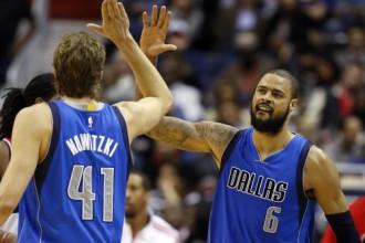"""Čendleram iespaidīga spēle pret """"Knicks"""", NBA līderes turpina dominēt"""