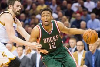 """ASV mediji: """"Bucks"""" debitantam Pārkeram ceļgala traumas dēļ sezona beigusies"""