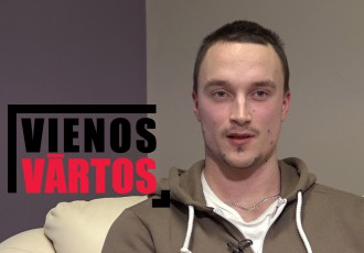 Video: Kapteinis Straupe atklāti par hokejista karjeru, naudu un blatu