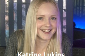Video: Būsim pazīstami-  Katrine Lukins! Dziedošās Zviedrijas latvietes pirmā intervija Latvijā