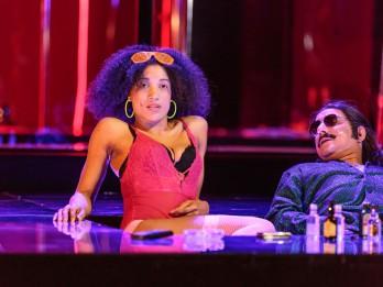 """Foto ieskats jaunajā Dailes teātra izrādē """"Bannija Manro nāve"""""""