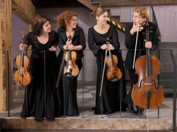 """""""Sinfonietta Rīga"""" stīgu kvartets saspēlē ar saksofonu koncertā """"Dziesmas bez vārdiem"""""""