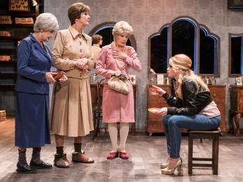 """Ar izrādi """"Klusā daba ar resno puisēnu"""" Dailes teātris viesosies Ventspilī"""