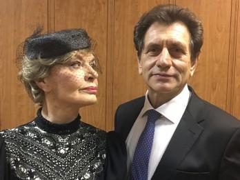 """Ar izrādi """"Kareņinu laulātais pāris"""" Rīgā viesosies  izcilie krievu aktieri Ludmila Čursina un Jevgeņijs Kņazevs"""