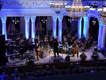 Klasiskās mūzikas huligāni uzsāk DAGAMBA feat TCHAIKOVSKY tūri