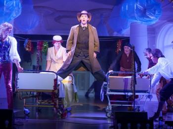 Video: Vecgada koncerti Dailes teātrī. Fragmenti