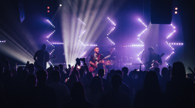 """Skaļi un jaudīgi aizvadīts pirmais grupas """"Age of Stones"""" jaunā albūma """"Sāls un pipari"""" prezentācijas koncerts Valmierā!"""