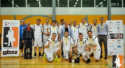 "Banku basketbolā triumfē ""Swedbank"" kungi un ""DNB bankas"" dāmas"