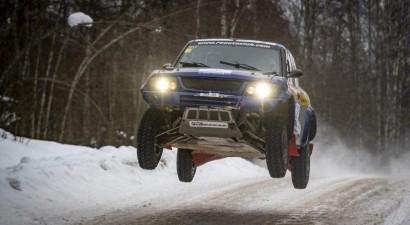 Somu ekipāža ar Latvijā būvētu auto uzvar Pasaules rallijreida kausa pirmajā posmā
