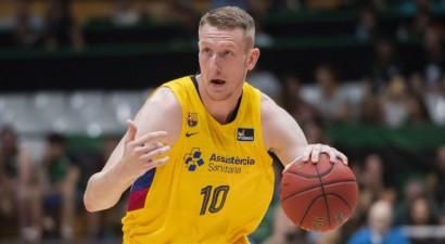 """Šmits un """"Barcelona"""" sīvā cīņā iekļūst ACB Superkausa finālā"""