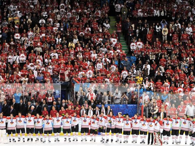 Kanāda apsteidz Krieviju un atgriežas 1. vietā