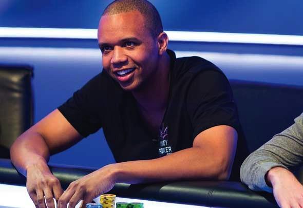 Fils Aivijs septembrī online pokerā nopelnījis vairāk kā $632 tūkstošus