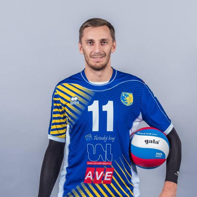 Vanagam 21 punkts Čehijā, veiksmīgas spēles citiem latviešiem