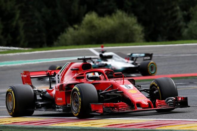 Alonso liela avārija, Fetels triumfē un pietuvojas Hamiltonam