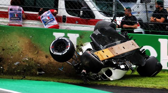 Peress un Fetels ātrākie Itālijas pirmajos treniņbraucienos, Ēriksonam smaga avārija