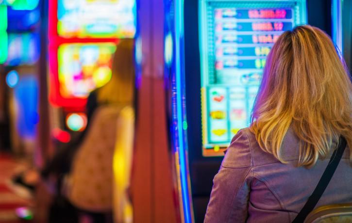 Jauns brīvā laika pavadīšanas veids – izklaide tiešsaistes kazino