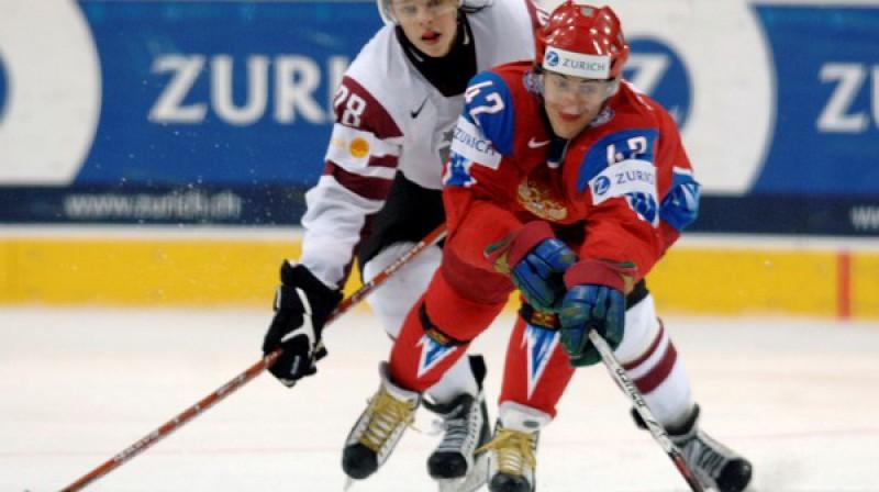 Roberts Jekimovs spēlē pret Krieviju Foto: Romāns Kokšarovs, Sporta Avīze, f64