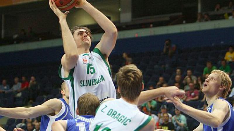 Erazems Lorbeks bija rezultatīvākais uzvarētāju rindās ar 14 punktiem.  Foto: AFP/Scanpix