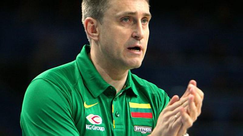 Lietuvas izlases galvenais treneris Ķēstutis Kemzura var uzsmaidīt Foto: AFP/Scanpix