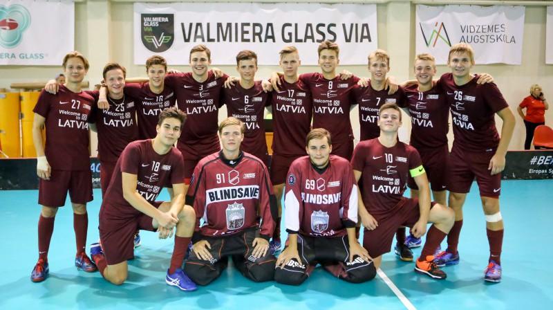Latvijas junioru pirmā komanda  Foto: Ritvars Raits