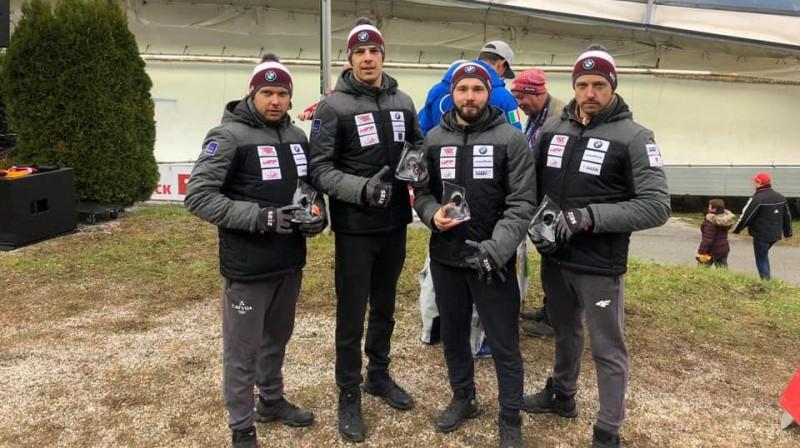 Juris Šics (no kreisās), Kristens Putins, Imants Marcinkēvičs un Andris Šics Īglsā. Foto: Latvijas Kamaniņu sporta federācija