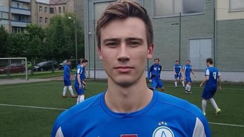 """Aleks Berkolds treniņā Rīgā. Foto: FK """"Aliance"""""""