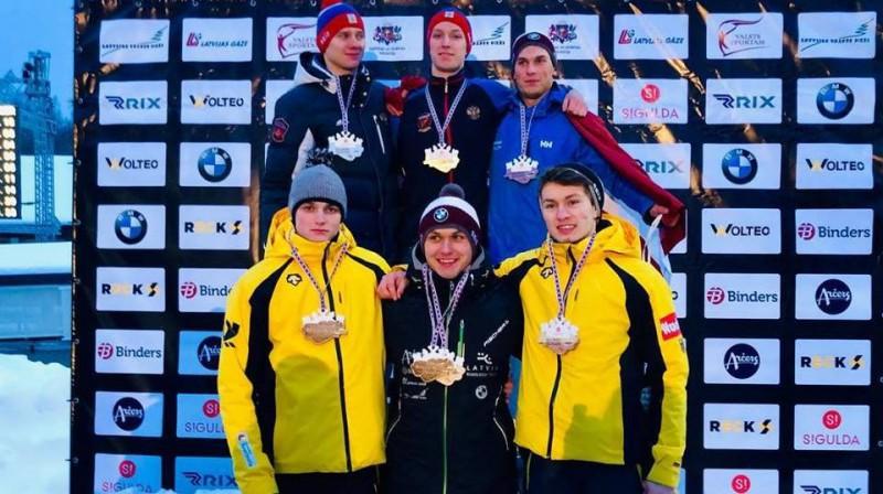 Krists Netlaus (otrajā rindā pa labi). Foto: skeleton.lv