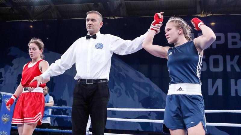 Amanda Millere (pa labi) pēc uzvaras Eiropas U22 čempionāta cīņā. Foto: Eiropas Boksa konfederācija