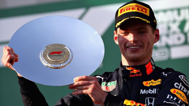 Makss Verstapens uz pjedestāla Melburnā. Foto: Red Bull Racing