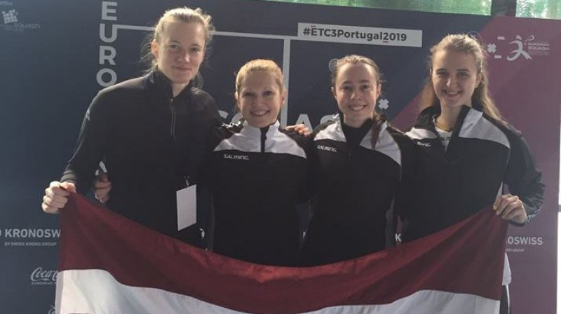 Ineta Mackeviča (no kreisās), Baiba Lulle, Liene Rieba un Elīza Dombrovska. Foto no Lulles Facebook profila