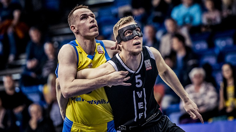 Māris Gulbis un Mareks Mejeris. Foto: BK Ventspils
