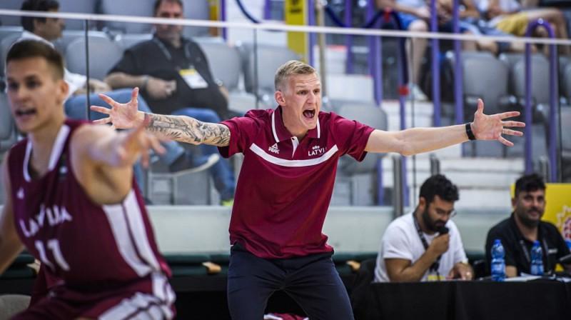 Latvijas U20 izlases galvenais treneris Kristaps Zeids. Foto: FIBA