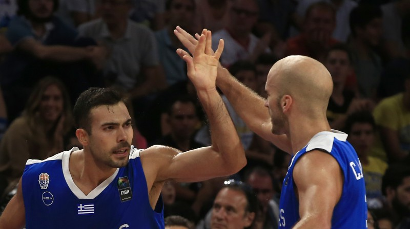 Kostass Slukass un Niks Kalatess. Foto: AP/Scanpix