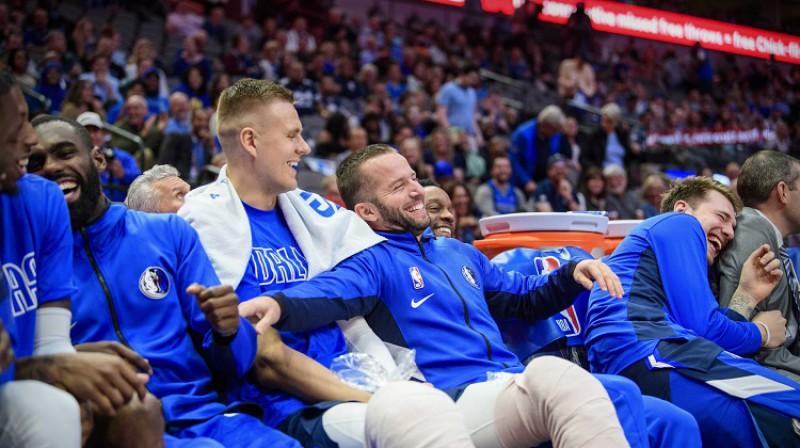 Tims Hārdevejs jaunākais, Kristaps Porziņģis, Huans Barea un Luka Dončičs 2019. gada 20. novembrī. Foto: USA Today/Scanpix