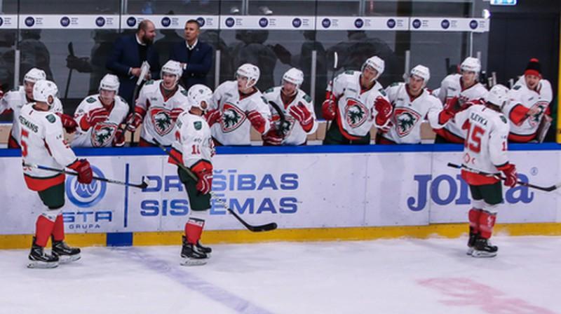 """""""Liepājas"""" hokejisti. Foto: Guntis Lazdāns/LHF.lv"""
