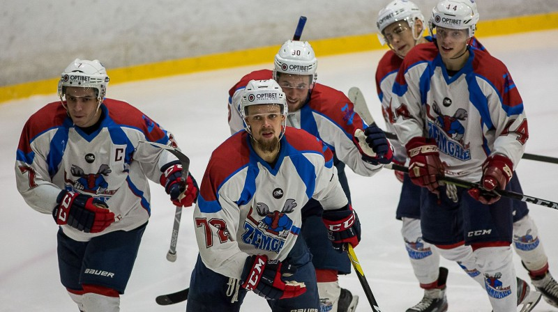"""""""Zemgales"""" līderi - Rustams Begovs, Roberts Jekimovs un Kirils Tambijevs. Foto: Optibet hokeja līga"""