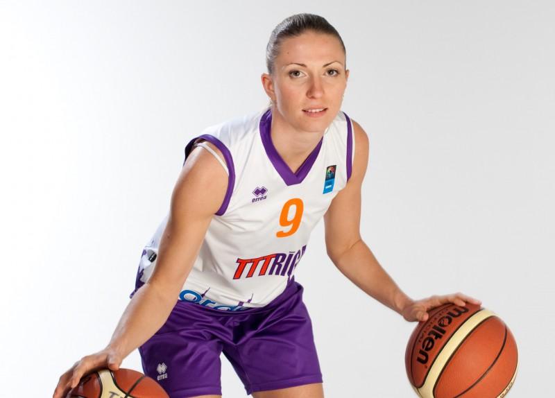 """Kārkliņa atstāj Rīgas TTT; komandai pievienojas Zane Jākobsone no """"Cēsīm"""""""